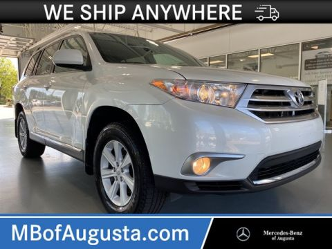 Pre-Owned 2012 Toyota Highlander SE 4WD-Third Row Seat-Leather-Heated Seats